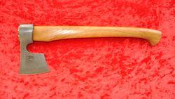 топор ТАЙГА-3 из дамасской стали